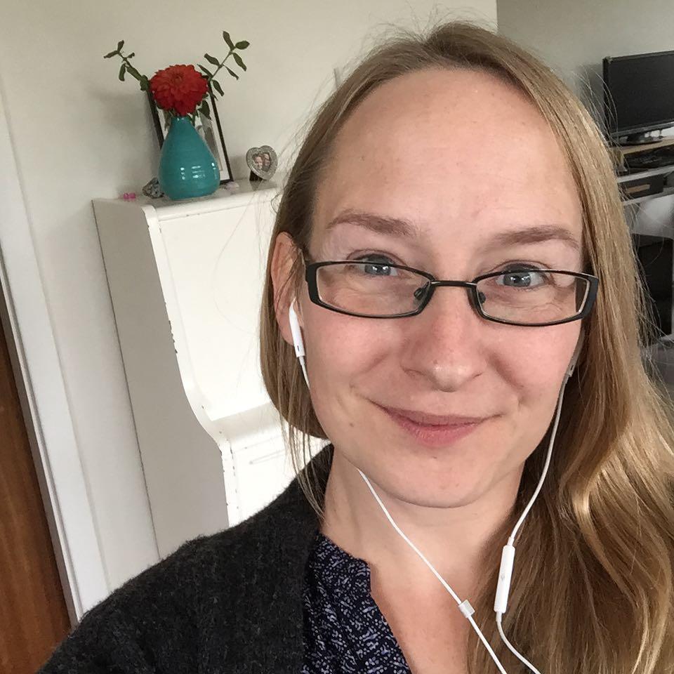 Sarah Møller Pedersen - Ring og snak