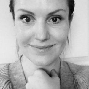 Kristina fra PureFamily anbefaler logodesign hos Vissuel